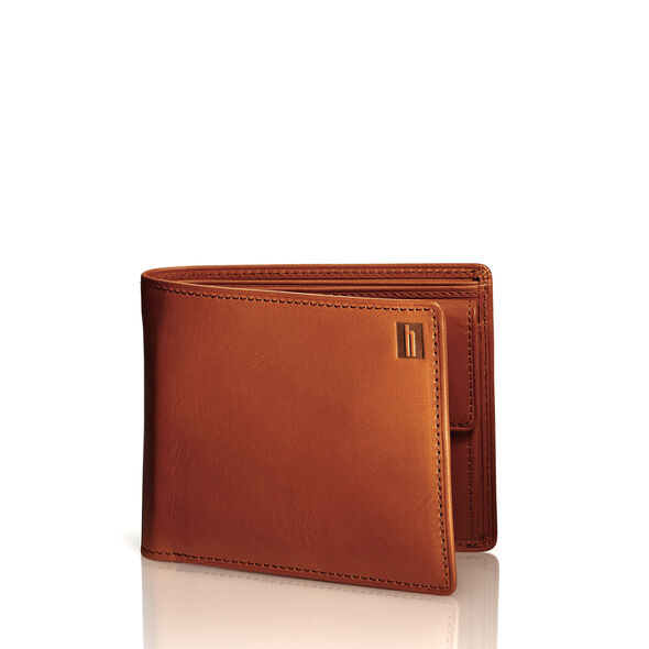 Hartmann Belting Medium Wallet with Coin Pocket in the color Heritage Tan.