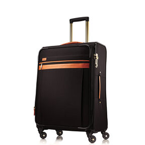 Hartmann Cumberland Medium Journey Expandable Spinner in the color Black.