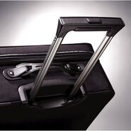 Hartmann Intensity Belting Medium Journey Expandable Spinner in the color Black.