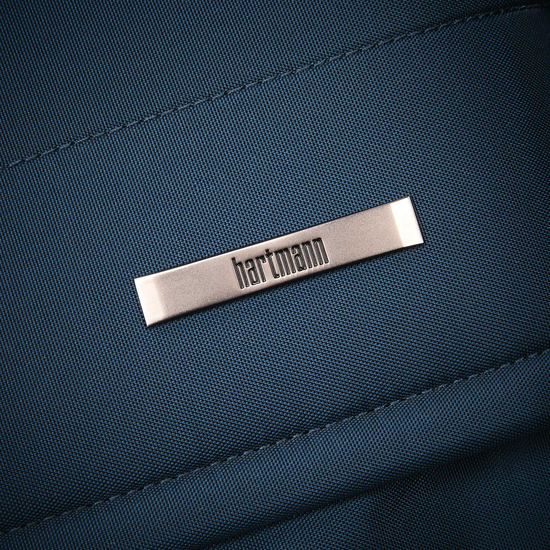 Hartmann Metropolitan Garment Sleeve In The Color Harbor Blue